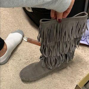 LC Lauren Conrad Shoes - Fringe boots